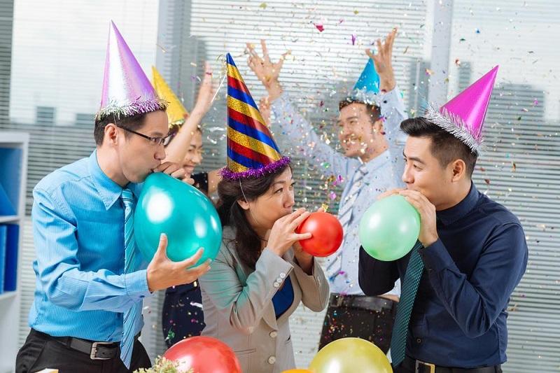 8-3 là dịp thích hợp để tri ân nhân viên nữ và các khách hàng
