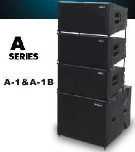 """A1 Line Array System Công suất định mức MF: 400 W AES Công suất chương trình MF: 800 W Công suất định mức HF: 100 W AES Công suất chương trình HF: 200 W Linh kiện: 2x 10 """"MF Neo, 3"""" HF Neo Kết nối: 2x Ổ cắm điện thoại (4 chân) Độ nhạy MF (1W / m): 108dB Xếp hạng SPL tối đa (1m): đỉnh 135dB, @ 1m Độ nhạy HF (1W / m): 115dB Xếp hạng SPL tối đa (1m): đỉnh 140dB, @ 1m Trở kháng: MF 16 Ohm / HF 16 Ohm Dải tần số: 60Hz ~ 17KHz Màu sắc: Đen  Góc phân tán (1 KHz): 75 ° X 15 ° (V x H) Trọng lượng: 21Kg Kích thước: 582x419x308mm A1B (Bị động) Linh kiện: 18 """"Loa trầm 101,6mm VC (âm thanh P Thái Lan) Công suất định mức: 800 W / 2000W (Đỉnh) Độ nhạy (1W / m): 102dB Xếp hạng SPL tối đa (1m): đỉnh 130dB, @ 1m Dải tần số: 35Hz ~ 250Hz Kết nối: 2x Ổ cắm điện thoại (4 chân) Trở kháng: 8Ohm Màu sắc: Đen Trọng lượng: 45Kg Kích thước: 582x650x361mm"""