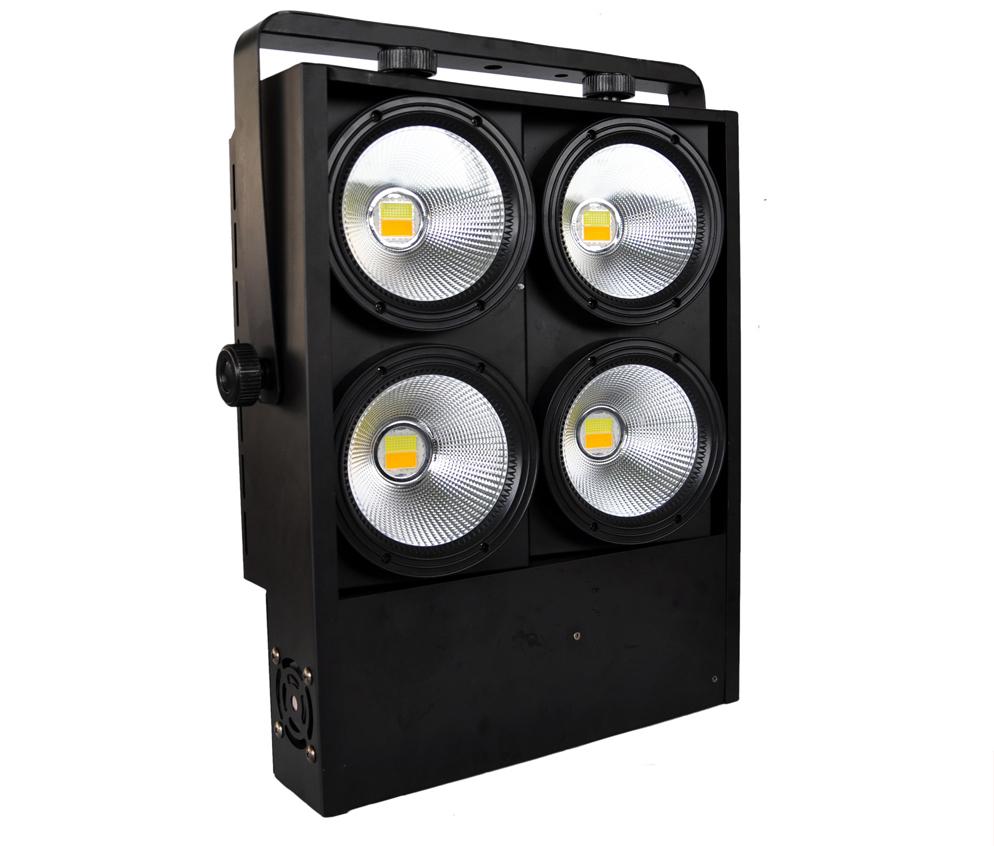 Blinder Light Nguồn điện: AC 90-245V, 50 / 60Hz Công suất: 4 bóng đèn led cow 100w Tuổi thọ bóng:> 60.000 giờ Tác dụng: vàng nhạt, trắng tự nhiên, sét. Khả năng Dimmer dễ dàng: 0-100% Chế độ hoạt động: tự động, cảm ứng dựa trên âm nhạc, đồng bộ hóa Master & Slave. Ứng dụng: sân khấu hội trường, tổ chức sự kiện - tiệc cưới, sàn nhảy ... Cổng: DMX vào / ra, vào / ra nguồn Kích thước hộp: 430 x 410 x 250mm Cân nặng: 11kg