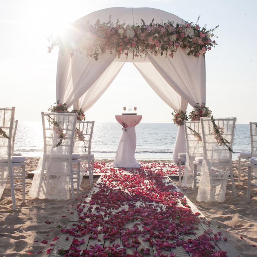 tiệc cưới bãi biển Đà Nẵng -1