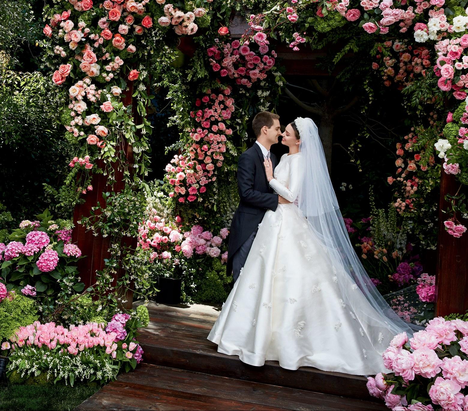 Đám cưới là dịp đặc biệt quan trọng bởi thế cần lưu ý khi tổ chức