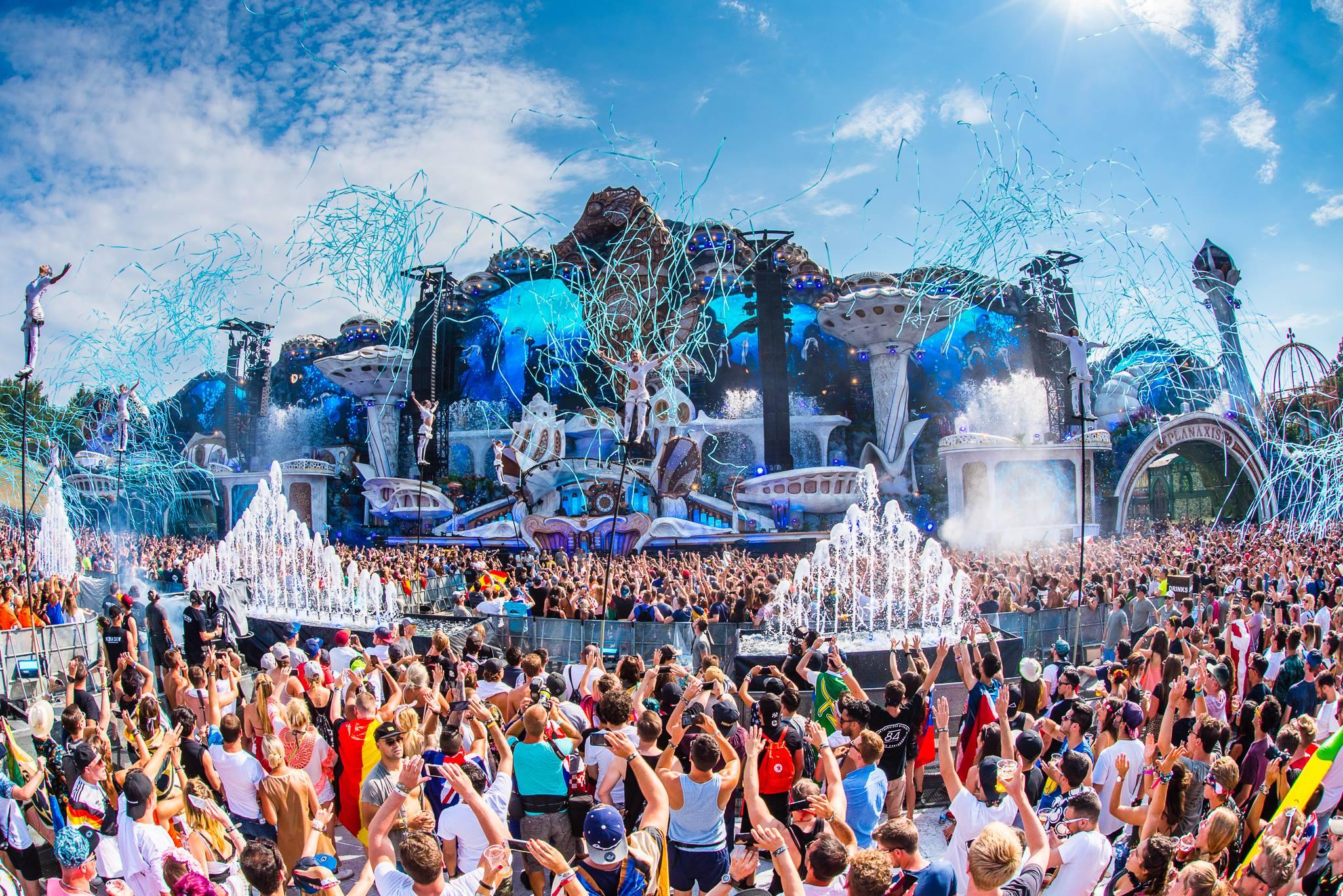 TOMORROW LAND 2019: Những điều bạn nên biết về sự kiện âm nhạc EDM lớn nhất Thế giới