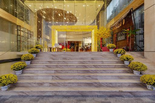 Khách sạn biển Maximilan Đà Nẵng - một trong những địa điểm tuyệt vời tổ chức sự kiện
