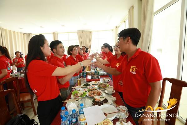 tổ chức họp lớp, gặp mặt kết hợp du lịch teambuilding