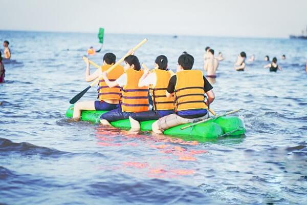 trò chơi vượt biển đầy thử thách