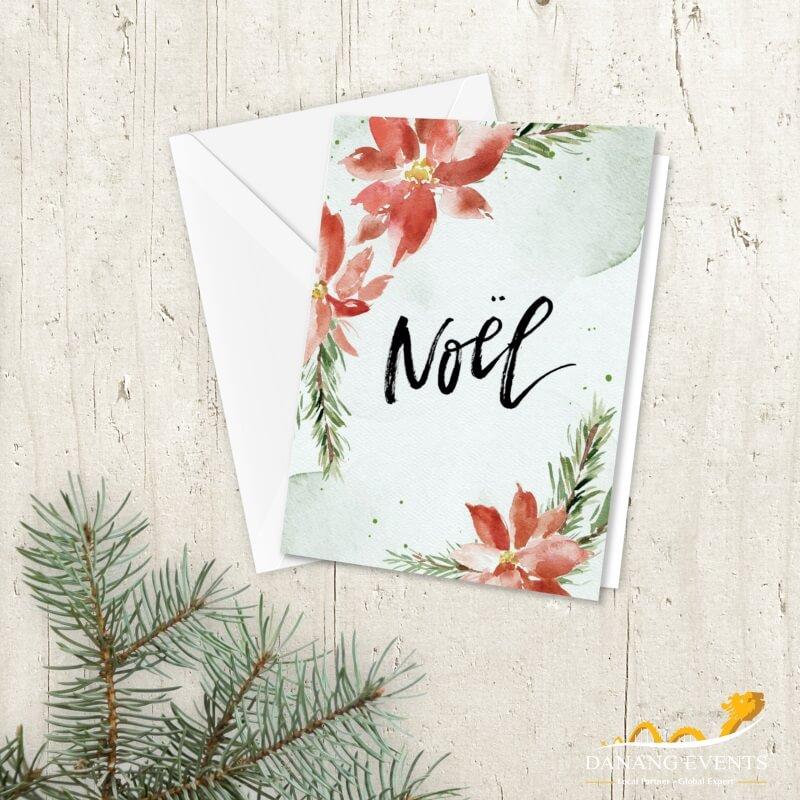Lên danh sách khách mời để gửi số thiệp mời tham dự tiệc Giáng sinh đúng thời gian.