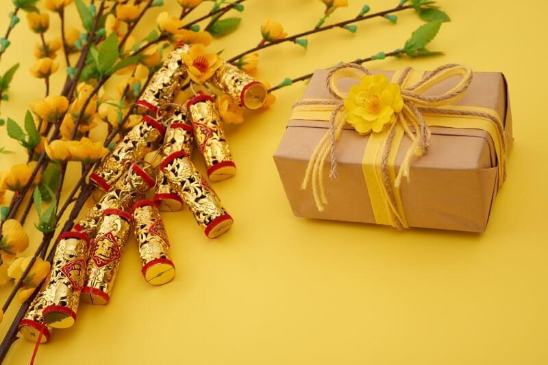 Mua sắm những món quà ngày Tết thoải mái hơn nhờ những chiếc phiếu mua hàng siêu tiết kiệm.