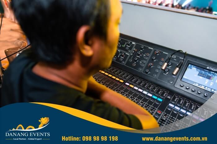 dịch vụ setup sự kiện âm thanh ánh sáng sự kiện