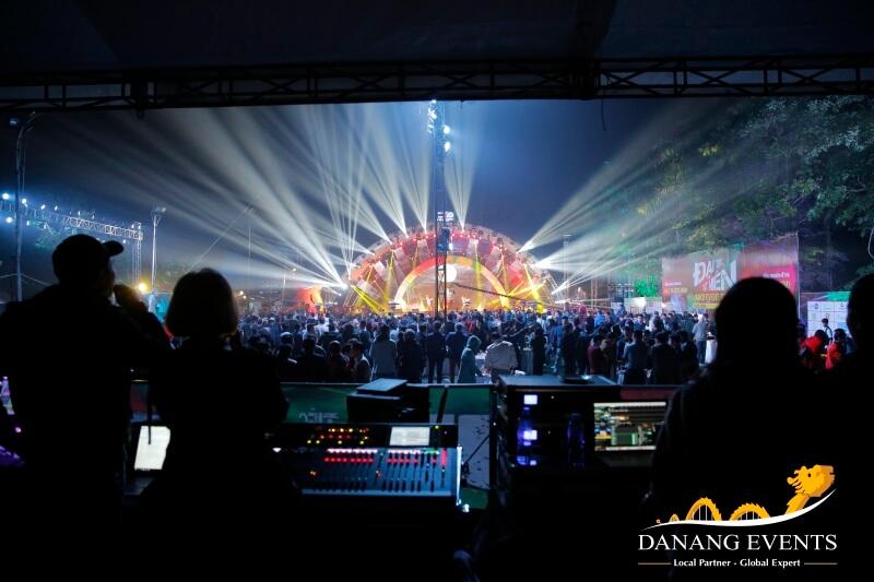 Dịch vụ cung cấp âm thanh, ánh sáng sự kiện hiện đại, chuyên nghiệp
