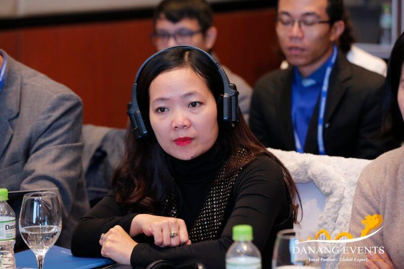 Tìm hiểu về thiết bị dịch không dây trong hội nghị, hội thảo